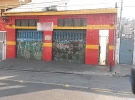 Galpão + 02 Casas