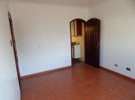 Casa 02 Dorm. + 02 Vagas