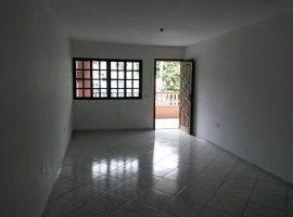 Casa Térrea c/ 02 Dorm.