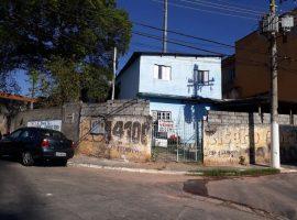 Terreno c/ 02 Casas